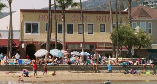 The Hotel Mac Rae is located right on the beach, in the very center of Avalon.
