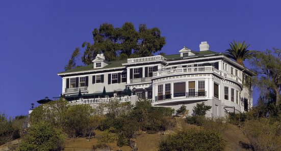The Inn on Mt Ada in Avalon is a one-of-kind 6 guestroom bed & breakfast overlooking the Avalon Bay. Once the home of William Wrigley Jr. and his wife Ada, the Inn offers commanding views of Catalina Island